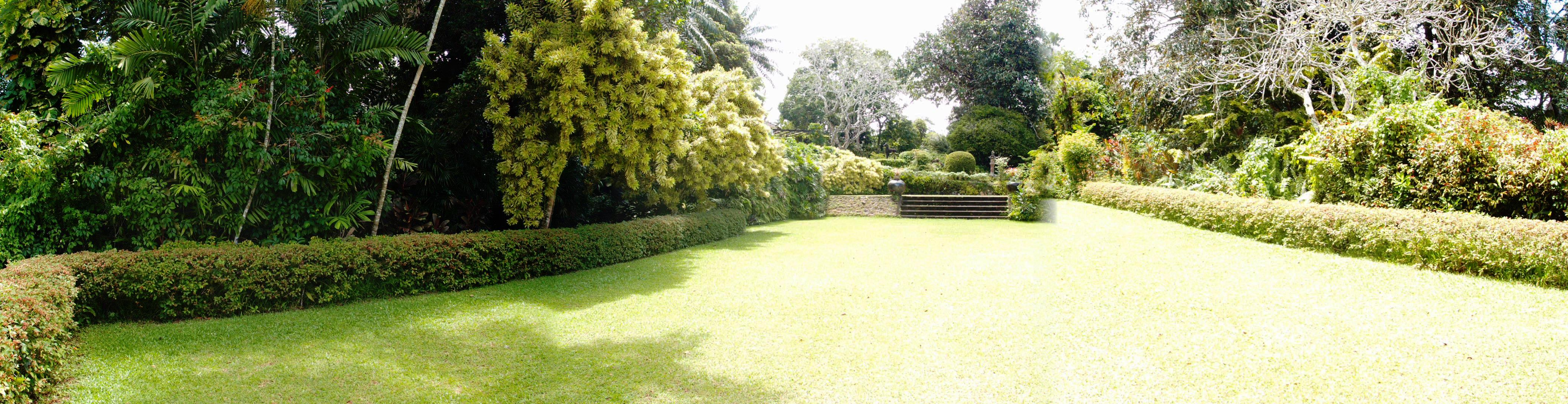 Brief the home and garden of bevis bawa sri lanka for The landscape gardener